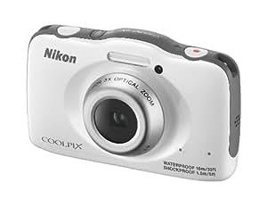 Nikon Coolpix S32 Digitalkamera (13 Megapixel, 3-fach optischer Weitwinkel-Zoom, 6,7 cm (2,7 Zoll) LCD-Monitor, Full-HD-Videofunktion, Kreativ-Effekte, wasserdicht, stoßfest) weiß