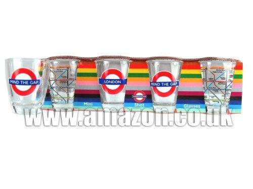 "Shot Glass Set con London Underground ""Mind The Gap"" Medaglione ""LONDRA"" Medaglione ecc"