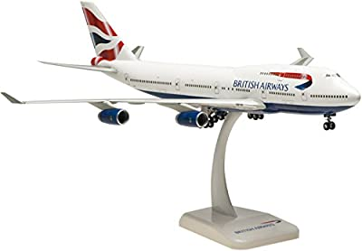 Hogan Wings H2346GR British Airways B747-400 1:200 (Union Tail with rubber tyres) clip-together model von Lupa