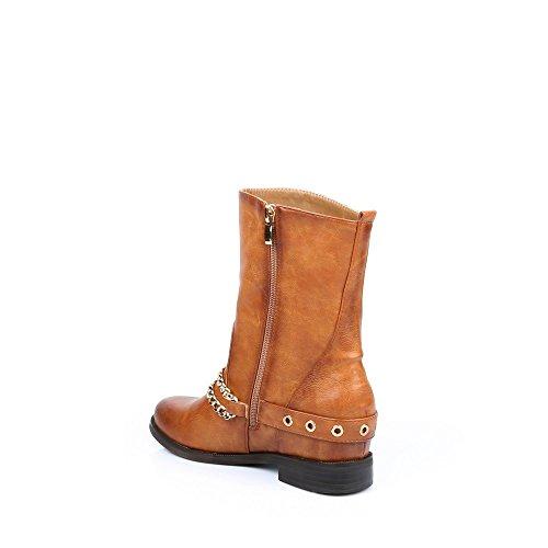 Ideal Shoes–Scarponcini classici con ceinturons e catene finitura metallizzata Gail Cammello