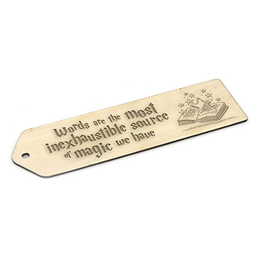 Segnalibro in legno ispirato ad Harry Potter - regalo con incisione Words are magic