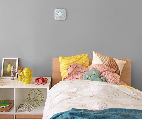 Nest Protect 2. Generation, Rauch- und CO-Melder RM338 (mit Batterien) -