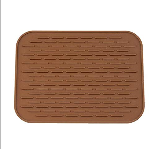 Spatlus Insulated Hot Pot Mat Kitchen Placemats Insulation Mats Plum-Shaped Anti-Slip 21.5 * 15.5 cm (2 of Set) Table Mat Silicone Insulated Pot Pad Holder Kitchen Accessories (Pack 2 Brown)