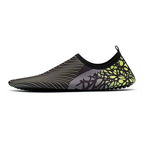 Xinyi Aqua Water scarpe spiaggia nuoto, asciugatura rapida slip on yoga scarpe di calzini per unisex, Panno, A20, 3XL43-44 A17