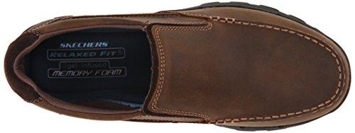 Skechers marrone più coraggioso Rayland Slip sulla scarpa Dark Brown Leather