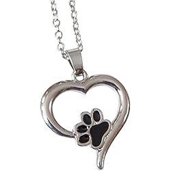 Collar con colgante con diseño de huella de perro o gato en un corazón plateado