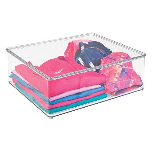 Orden en el armario con las cajas de almacenaje para ropa de mDesign Se acabó el caos de camisetas, pantalones y jerséis, se acabaron las camisas y las blusas arrugadas y los calcetines desperdigados. Con estas prácticas cajas transparen...