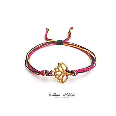 Bracelet personnalisable LOTUS. ZEN. INDE. NAMASTE. YOGA. MEDITATION. Métal couleur doré. Cordon satin; création sur mesure
