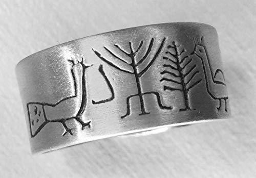 PEACOCKS 1: Handgearbeiteter verstellbarer unisex-Silberring, der mit einer Zeichnung einer Spüle aus dem 5. Jahrhundert aus Spanien geschnitzt ist -