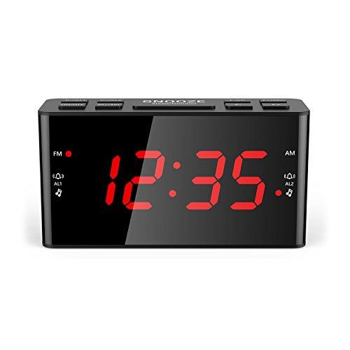 Kosee IP44 Despertador Digital con Radio FM AM con Función de Luz Nocturna, Botón de Repetición Fácil, Doble Alarma, Temporizador para Dormir - Control de Brillo Ajustable