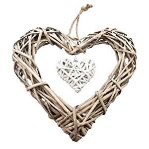 gisela-graham-natural-twig-heart-wall-decoration