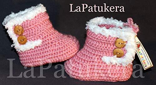 Bootees Kanada. Wolle, Babyschuhe häkeln, Unisex. Stil, Bootees Kanada. Farbe Rosa Pudern, aus Wolle, 4 Größen 0-9 Monate. handgefertigt in Spanien. Turnschuh gehäkelt gestrickt, Geschenk fürs Baby