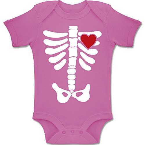 Shirtracer Anlässe Baby - Skelett Herz Halloween Kostüm - 3-6 Monate - Pink - BZ10 - Baby Body Kurzarm Jungen Mädchen