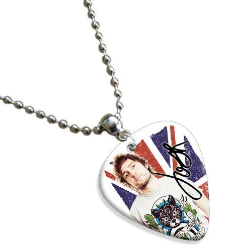 josh-franceschi-youmeatsix-premium-celluloid-chitarra-pick-necklace-flag-design
