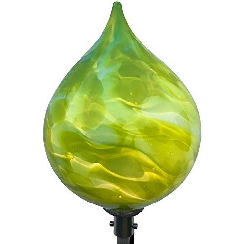 große Spitzkugel mit LED Beleuchtung aus Glas. Stehkegel inklusive Stabbeleuchtung aus Aluminium. Gartendekoration. Mundgeblasenes und handgeformtes Glas Unikat aus dickwandigem Glas. -