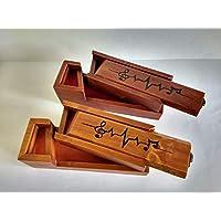 Plumier doble de madera reciclada de palet, estuche para lápices, con grabado pirográfico motivo