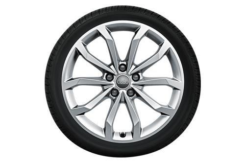 Audi WKR 10-Speichen-V-Design 8x18 5/112/40 Alu-Komplettrad Gar. 245/40 R18 - 24540188W0850
