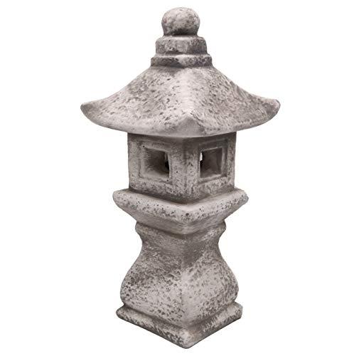massive lanterna di pietra tachi-gata gata oki giapponese fatto del cast in pietra frostfest