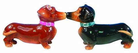 Kissing Dachshunds Dog Salt & Pepper Shakers Set