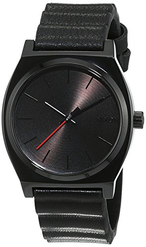montre-nixon-star-wars-time-teller-dark-vador