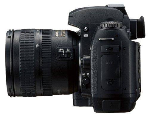 Nikon D70s SLR-Digitalkamera (6 Megapixel) Gehäuse in schwarz inkl. 1GB CF Ultra II Karte - 6