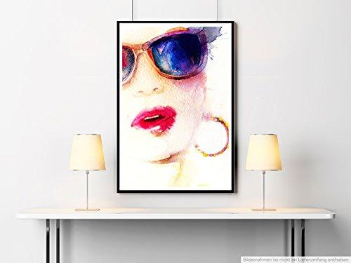 Sinus Art Kunst Leinwandbild - Bild - Frau mit Sonnenbrille Kreolen und Kussmund- Fotodruck in gestochen scharfer Qualität