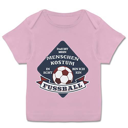 Karneval und Fasching Baby - Das ist Mein Menschen Kostüm in echt Bin ich EIN Fussball - 68-74 (9 Monate) - Rosa - E110B - Kurzarm Baby-Shirt für Jungen und Mädchen (Baby Rosa Fußball Kostüm)