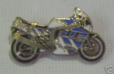 suzuki-super-bike-moto-sportiva-motociclista-moto-distintivo-spilla-smaltata