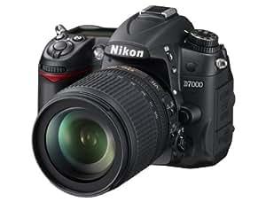 Nikon D7000 Appareil photo numérique reflex 16 mégapixels, autofocus 39 points, mode LiveView, vidéo Full HD  Kit comprenant un objectif AF-S DX 18-105 VR + un objectif AF-S 70-300 VR (Import Allemagne)