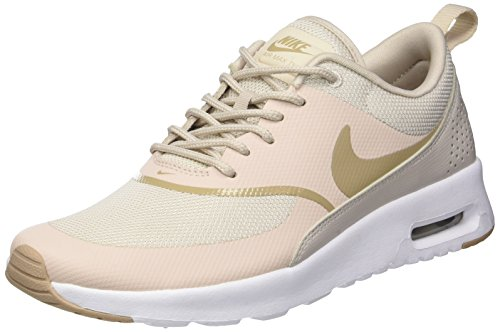 Nike Air Max Thea, Zapatillas de Gimnasia para Mujer, Gris (Desert Sand/Sand/White 033), 36 EU