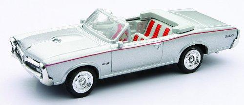 newray-diecast-143-auto-americana-pontiac-gto-1966-48257