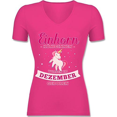 Geburtstag - Einhorn Königinnen Wurden IM Dezember Geboren - Tailliertes T-Shirt mit V-Ausschnitt für Frauen Fuchsia