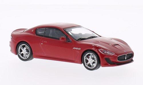 maserati-granturismo-mc-stradale-rot-2013-modellauto-fertigmodell-whitebox-143