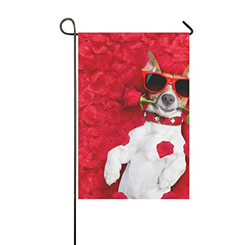 Home Dekorative Outdoor-Fahne, doppelseitig, Ack Russell Hund liegend im Bett voller roter Blume, Garten-Flagge, Garten-Hof-Dekorationen, saisonale Willkommen-Flagge, 30,5 x 45,7 cm, Frühlingssommer-Geschenk