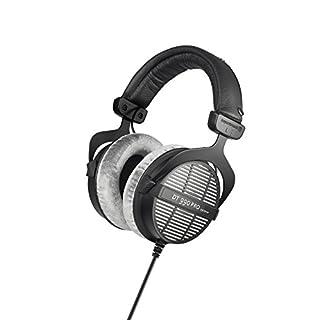 beyerdynamic DT 990 PRO Over-Ear-Studiokopfhörer in schwarz. Offene Bauweise, kabelgebunden
