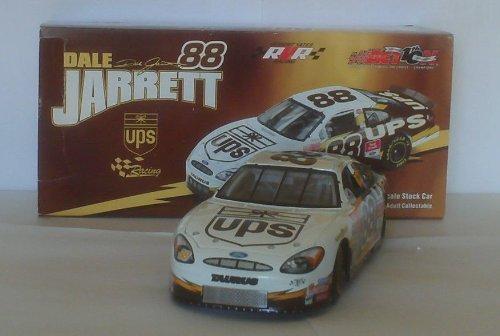 action-nascar-dale-jarrett-88-2002-ford-taurus-ups-racing-paint-scheme-124-scale-die-cast-stock-car-