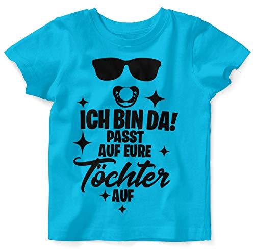 T-Shirt mit Spruch für Jungen Mädchen Unisex Kurzarm Ich Bin da! Passt auf eure Töchter auf   handbedruckt in Deutschland   Handmade with Love, Farbe:Atoll, Grösse:92/98 ()