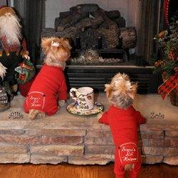 Santas Helper Lil Kostüm - DoggieDesign Santa's Lil Helper Hundepyjama für Hunde, mit rotem Thermoeffekt, 4,8-6,9 kg