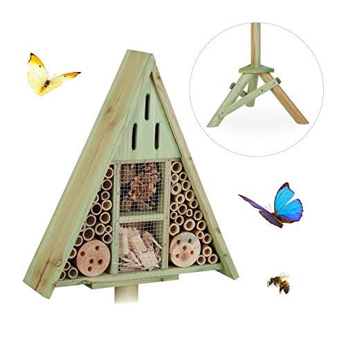 Relaxdays Insektenhotel Dreieck auf Ständer, Nisthilfe für Garten, Bienenhotel Wildbienen, Holz, HBT: 130x42x35cm, grün