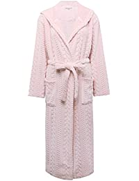 M&Co Ladies Soft Plush Fleece Long Sleeve Floor Length Tie Waist Belt Cable Knit Wrap Robe