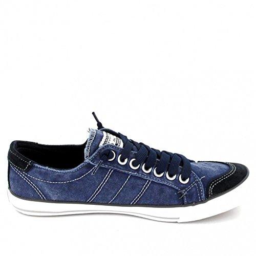 Dockers Blau