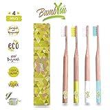 BAMB'YOU Brosse à dents en Bambou biodégradable - Naturel - Vegan - Écologique - Non-Agressif - Douce et Souple - Marque Française - PACK DE 4 + SURPRISE au dos de votre emballage.