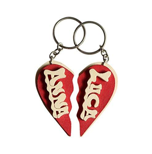 Portachiavi in legno personalizzato a cuore spezzato con nome o data, fatto a mano, da indossare o per fare un regalo originale per San Valentino.
