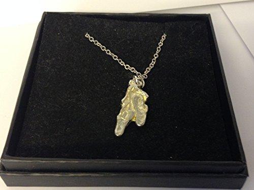 GIFTSFORALL Derbyshire UK TG373 Halskette mit Ballerina-Schuhen aus feinem englischen Zinn auf Einer 50,8 cm versilberten Panzerkette - Zinn Ballerinas