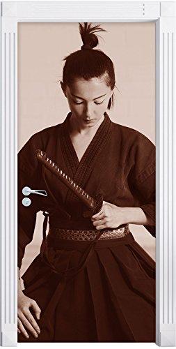 stolze Samurai-Kriegerin B&W Detail als Türtapete, Format: 200x90cm, Türbild, Türaufkleber, Tür Deko, ()