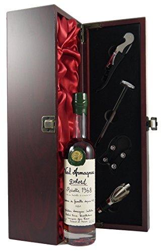 Delord Freres Bas 1968 Armagnac 20cl in einer mit Seide ausgestatetten Geschenkbox. Da zu vier Wein Zubehör, Korkenzieher ,Giesser ,Kapselabschneider ,Weinthermometer .