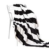 NTBAY Manta Throw de Franela, Súper Suave con Manta de Cama Estampada a Rayas en Blanco y Negro, 130 x 173 cm