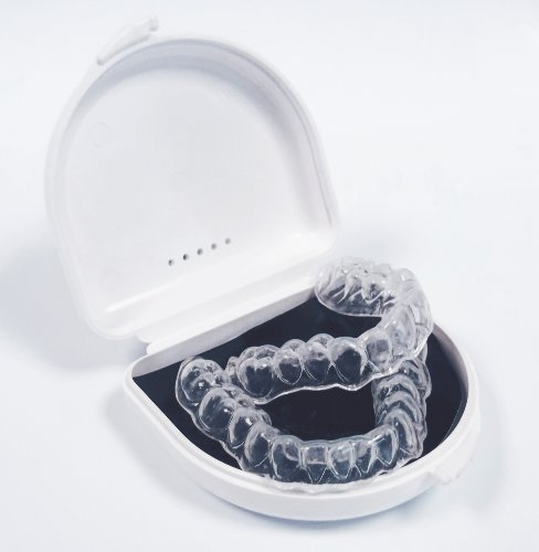 teeth-whitening-dental-trays-custom-made-by-professionals-using-a-diy-home-impression-kit-new-improv