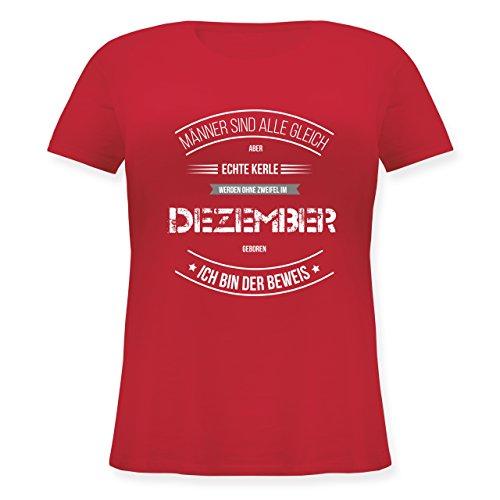 Shirtracer Geburtstag - Echte Kerle Werden IM Dezember Geboren - Lockeres Damen-Shirt in Großen Größen mit Rundhalsausschnitt Rot