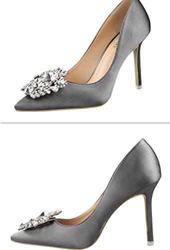 Chaussures de soirée de mariage gray